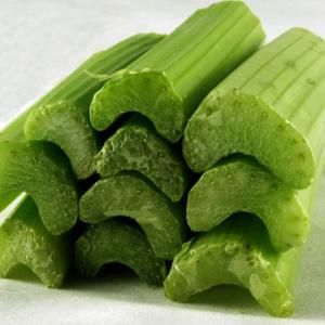 Полезные свойства стебля сельдерея: рецепты из растения