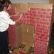 Камин из картона – маленькая хитрость для украшения интерьера